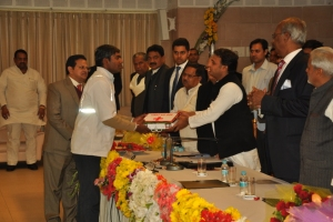 The 102 National Ambulance Service (for pregnant mothers and neonates) was launched by Hon. Chief Minister of Uttar Pradesh Sri. Akhilesh Yadav on 17th of January, 2014